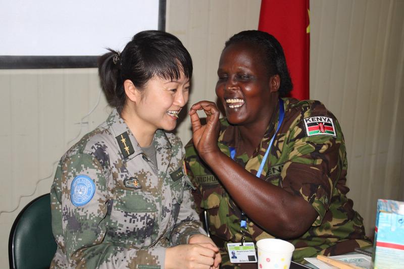 中国维和女军人的国际妇女节图片