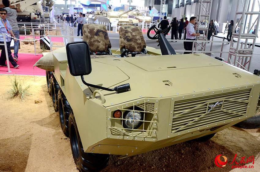 8X8全地形车改进型.陈霄摄-高清 VT4型主战坦克亮相珠海航展图片