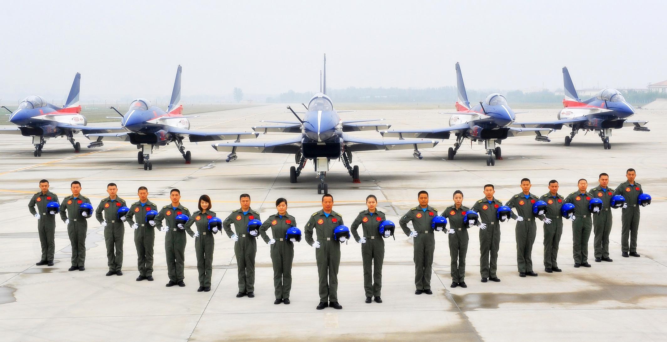 中国空军八一飞行表演队新阵容.张鹏焱 摄高清图片