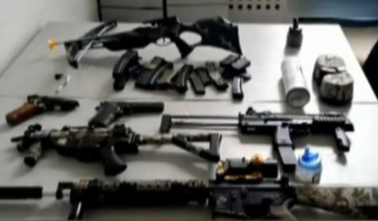 钢珠狙击枪专卖_军迷扮特种兵携仿真狙击枪和 钢珠弹 逛街被刑拘