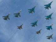 苏-30和苏-35战斗机编队