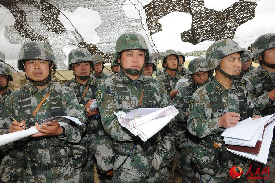 各级指挥员受领任务。