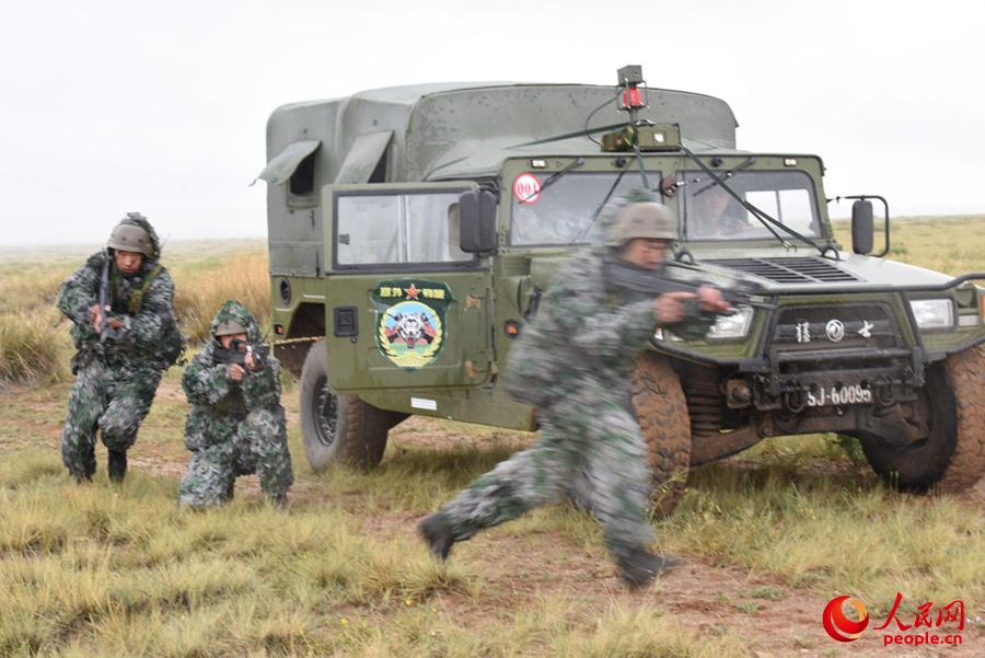 侦察与反侦察,采取各种方式对敌进行全方位、全纵深、全时域立体侦察。
