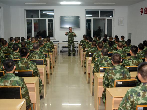 新兵 军旅歌曲 团组织 适应性图片