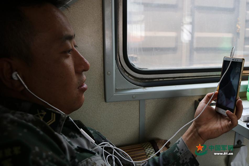 两万六千公里押运国境线铁锹穿越路苦乐视频v铁锹图片