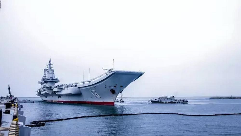 高清:辽宁舰航母编队赴香港影像记