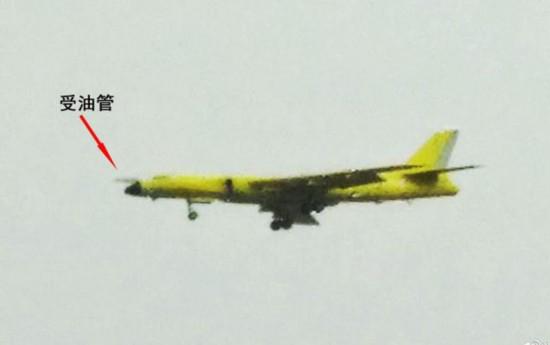 中国卫星拍飞机