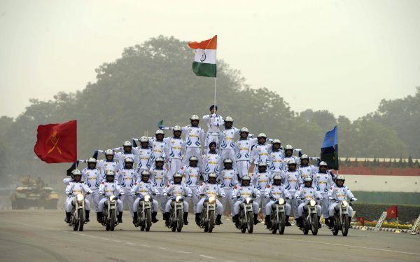 """装备过时机构臃肿英媒称印度巨额军费""""花得不值"""""""