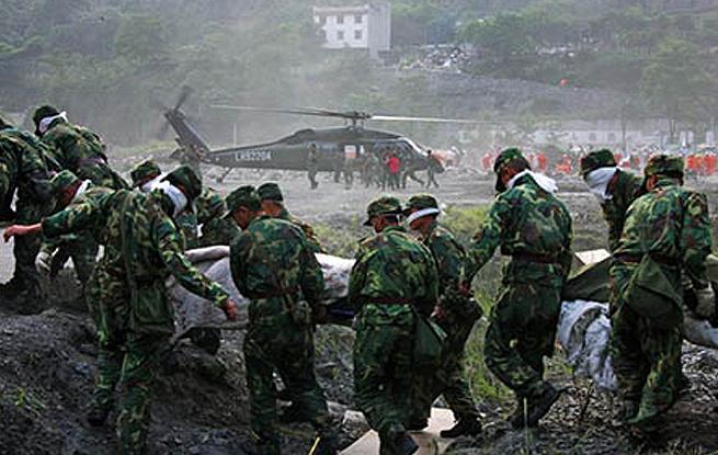 十年 军事记者的汶川记忆