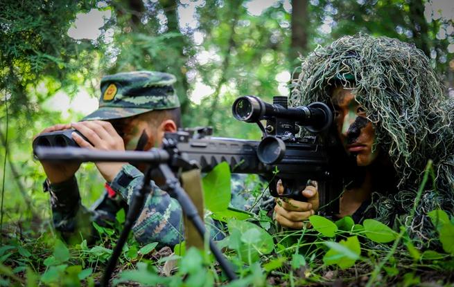战场上的狩猎者 武警吕梁支队狙击手集训锤炼反恐制胜能力