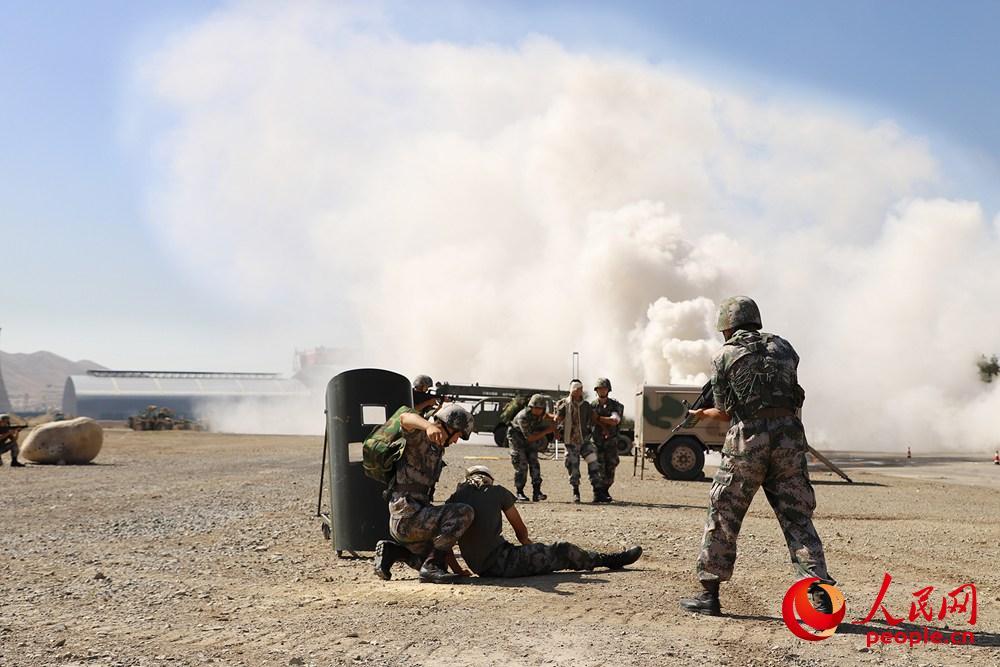 第22批赴刚果(金)维和医疗分队扎实组织急救演练