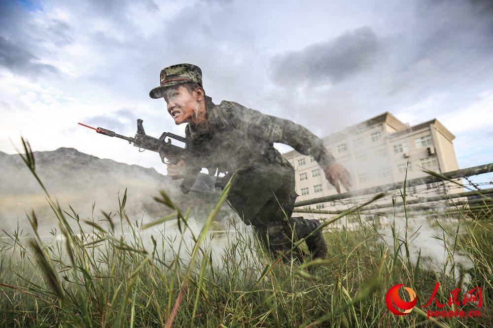 把猛虎之气贯注到血脉中,每一次训练都是打仗的预演。