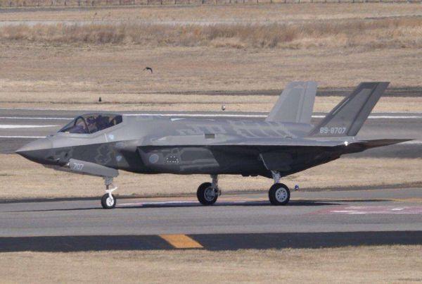 日本以旧换新购F-35?专家:争夺空中优势还不如F-15