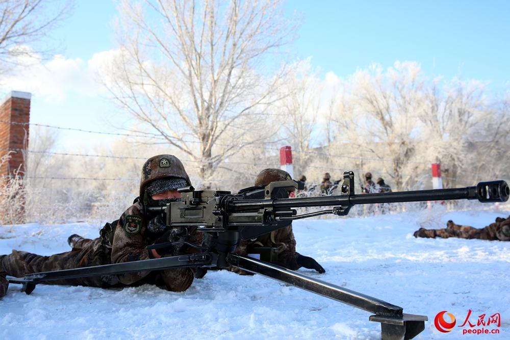 射击训练。