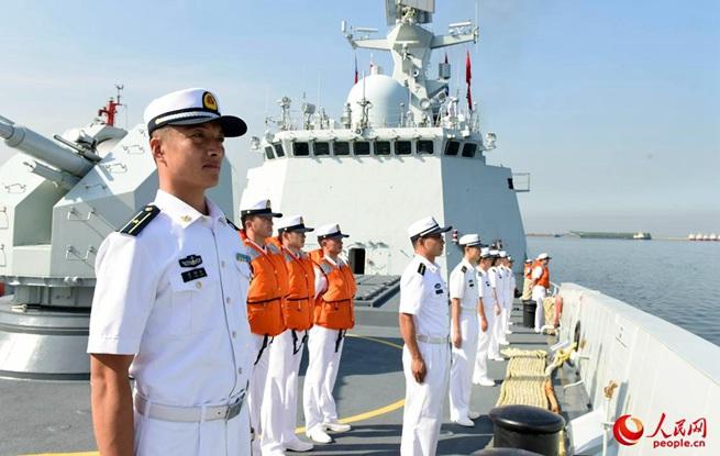 海军第三十批护航编队访问菲律宾
