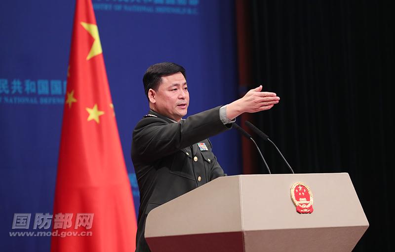 2月28日下午,国防部举行例行记者会,国防部新闻局副局长、国防部新闻发言人任国强大校答记者问。李晓伟 摄
