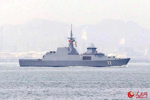"""新加坡海军""""坚强号""""护卫舰。蒲海洋 摄"""