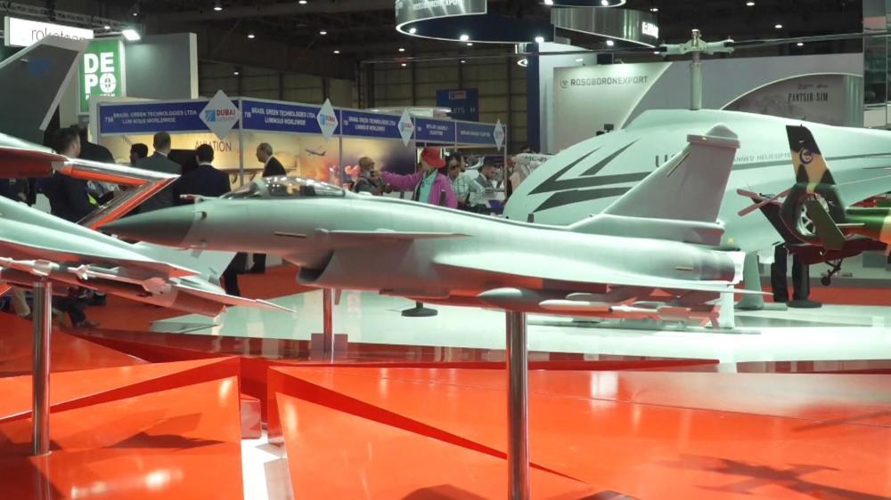 中国明星军机闪耀迪拜航展除歼10CE外还有这些战机引发关注