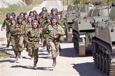 俄重塑军政体系增强软实力