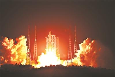 """中国运载火箭的""""长征""""路"""