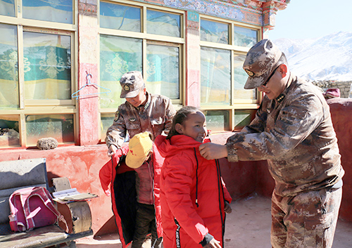 一名藏族军官的高原扶贫之路