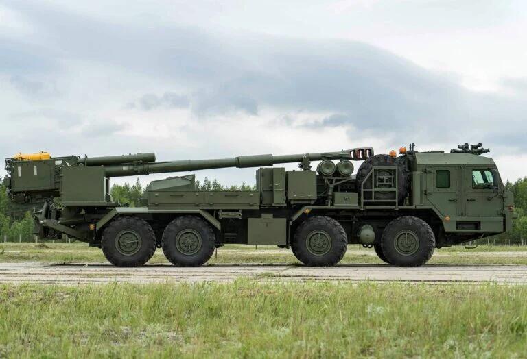 """俄版""""凯撒""""――俄罗斯152毫米口径卡车炮曝光"""