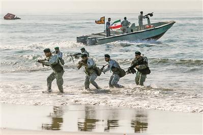 伊朗演练海峡封锁回应美国威慑