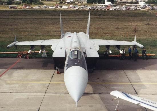 新雷达还能让米格-31e飞机拦截贴地飞行的巡航导弹