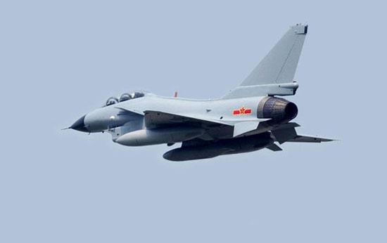 组图:中国第三代国产战斗机歼-10