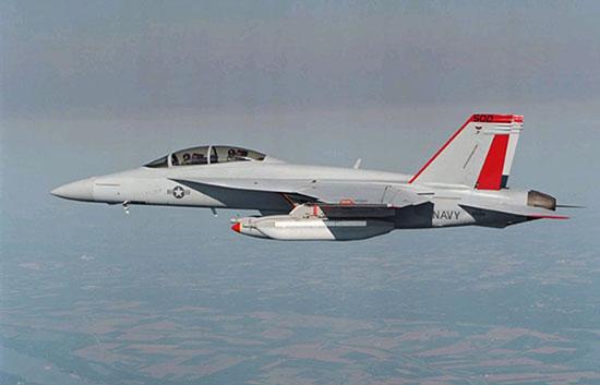 """ea-18g""""咆哮者""""电子战飞机"""