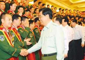 一至十届 中国武警十大忠诚卫士图片
