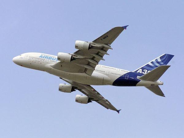 大大减轻了飞机的重量