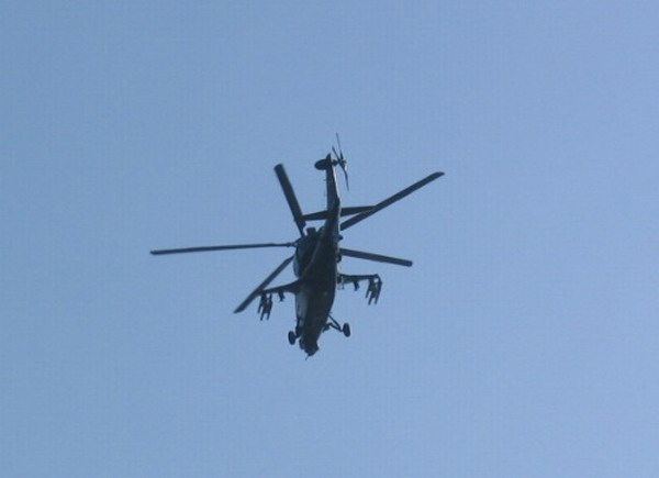 10 飞机 直升机 600_435