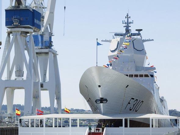 挪威 南森 级护卫舰完成了交付前的海上试验