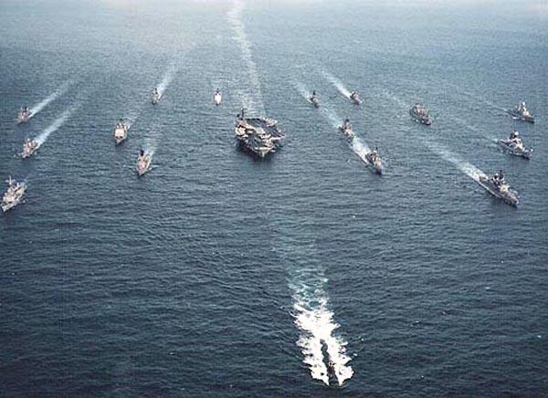 七舰队航母编队