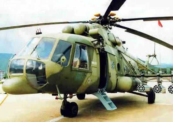 """俄罗斯米-17""""河马""""中型运输直升机"""