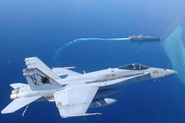 美国海军f-18舰载机