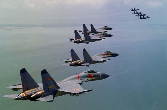 靶、远海战巡、空中加油等训练课目上取得突破.沈玲摄-空天 未来图片