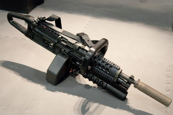 》上映 七种武器刺激观众感官(5)--军事--人民网