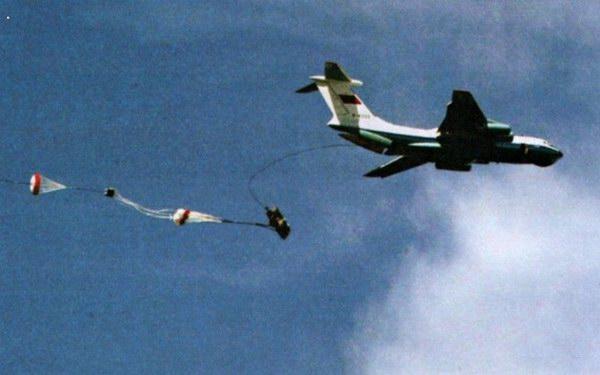 至于飞机机体的生产工作,根据合同规定,应由塔什干飞机生产联合体承担