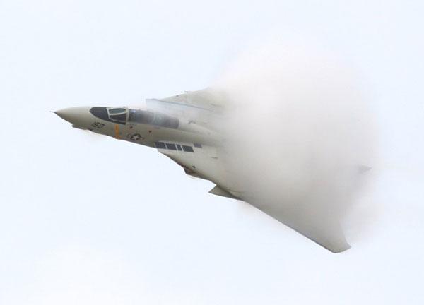 """资料:f-14""""雄猫""""战斗机"""