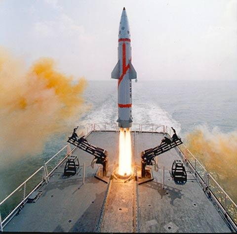中国核弹惊天秘密泄露 世界各国为之震惊 - 踮起脚丫偷亲你 - 踮起脚丫偷亲你