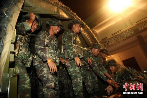 """特种兵 训练/""""突击/2010""""中泰陆军特种部队反恐联合训练10月6日至20日在..."""