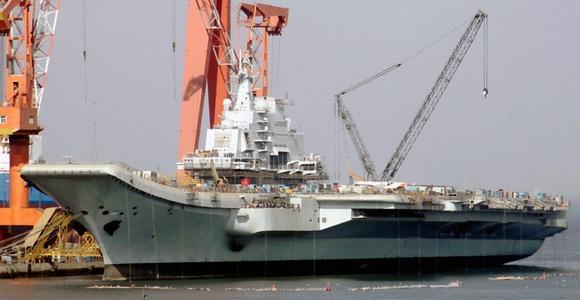组图:中国巨舰即将出航 圆我70年航母梦(2)