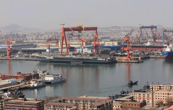 组图:中国巨舰即将出航 圆我70年航母梦(19)