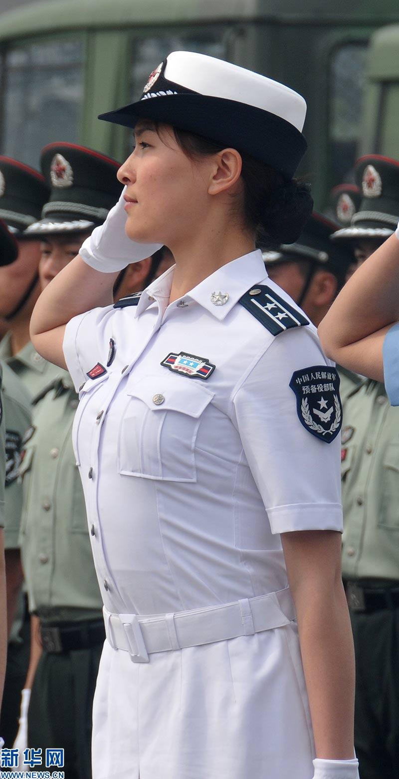 中国预备役部队07式新军服精彩亮相图片
