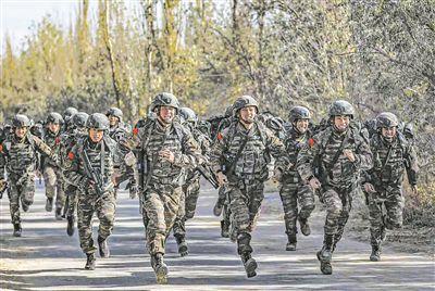 武警新疆总队某机动支队特战一中队:英雄的部队英勇的兵